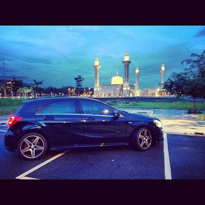 AClubMalaysia Aclass A250 Sport engineered by amg dbs343 after maghrib prayer photoshoot....
