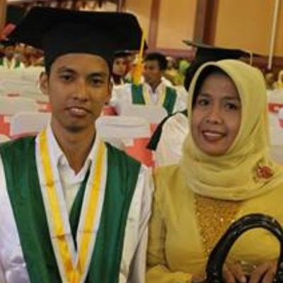 Congratulation my brother :) Wisuda Hotel Lombokraya Like4like Instalike Instagram Follow4follow Ifollowback