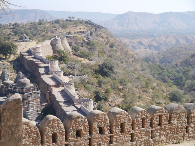 Aravalli Mountain Range Day Great Wall Of India Kumbhalgarh Kumbhalgarh Fort Mountain Range Outdoors Rajasthan Trees