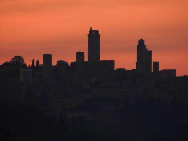 San Gimignano - Toscana RedSky Red Sky At Night... Tuscany Toscana Sangimignano Perspectives On Nature EyeEmNewHere Black And White Friday