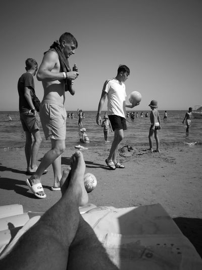 Guys with balls Blackandwhite Laganas Huaweip20pro Huawei Two People Landscape Greece Bw_collection Black And White Child Beach Friendship Water Playing Student Summer Sand Girls Men Beach Volleyball Human Foot Horizon Over Water Ocean