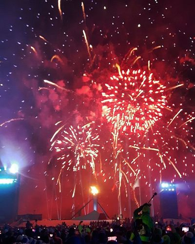 Night Fireworks Youtholympics2016 Norway Lillehammer2016 Nofilter Skiing Sports Skicross Ski Snow Olympics Openingceremony Olympictorch