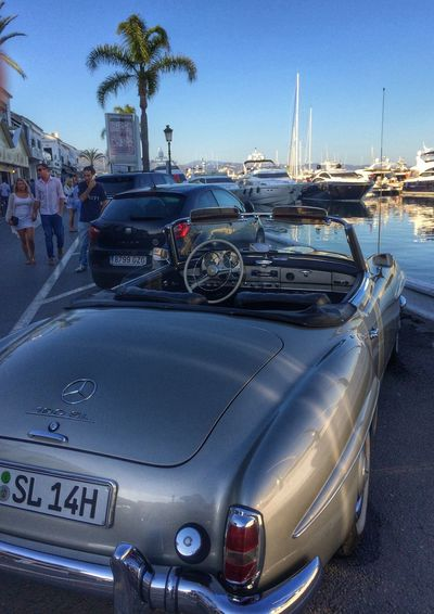 The most beautiful car in the world.... Great Atmosphere