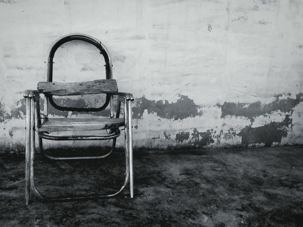 Old Chair Black And White Corrision Chair