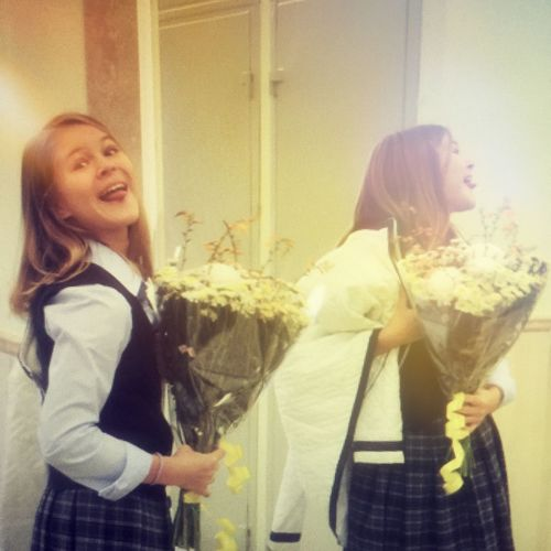 First September Back To School Happiness Алисин язычок Girl School Classmates