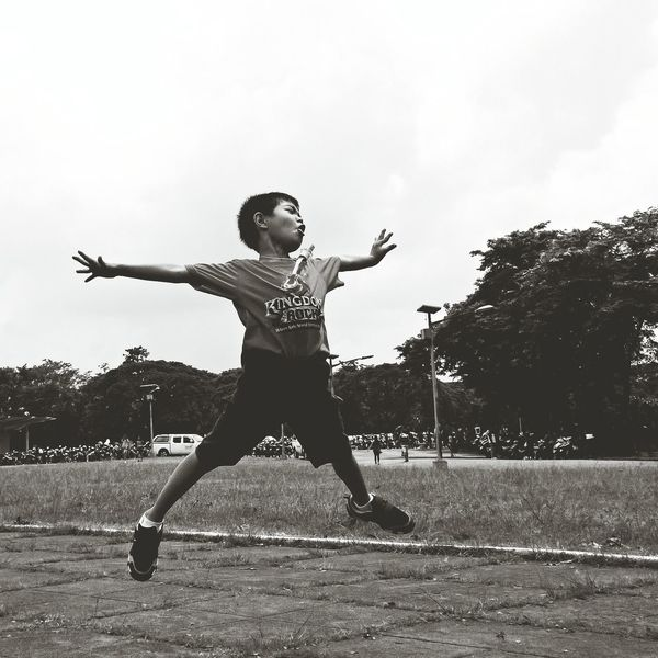 Freedom is a form of expression where we can go out and do anything. Anything that we want w/o restrictions.. like this kid. What Does Freedom Mean To You? Eyeem Philippines EyeEm Best Shots - People + Portrait EyeEm Best Shots Freedom Capturing Freedom Team