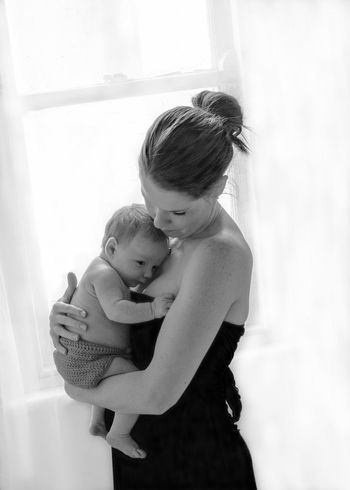 The Portraitist - 2016 EyeEm Awards Mother And Child Baby Infant Newborn NewBorn Photography Woman Mother Son Boy Window Light Blackandwhite