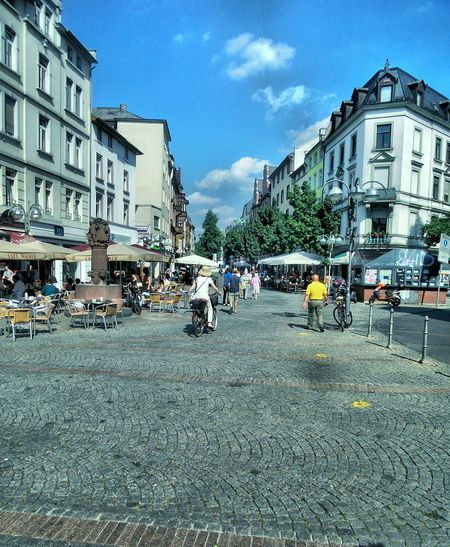 Pedestrian ZonePeople City Street Morning Atmosphere Outdoors Residential District The Way Forward Summer Morning Architecture Built Structure Building Exterior Transportation Urban Landscape City Life Beliebte Fotos Hello World Tadaa Community Urban Lifestyle Frankfurt Am Main Bornheim Mitte Germany🇩🇪
