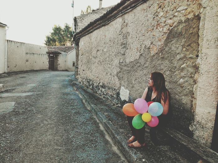 Any evening can be the best My Point Of View Ambient Light Girl Woman Baloons Taking Photos In This Moment Photography ♥ Photography Moment Inspiration_photography Check This Out Searching Inspiration Town Sitting Outside Sitting Pretty Friend