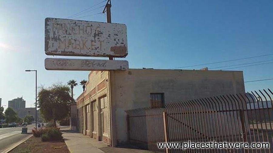 Pancho's Market Abandoned Abandonedbuilding Abandonedplaces Arizona Phoenix BeelineDragway Decay FirstBaptistChurch Ghosttowns MaxDeltaMine Roadtrip Ruins RuralExploration Rurex ScorpionGulch Urbanexploration Urbex Forgottenplaces Jimplicit Placesthatwere
