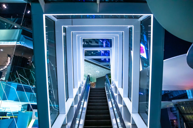 tunnel escalator - siam discovery - bangkok Architecture Built Structure Modern Technology Illuminated Convenience Indoors  Staircase Escalator Direction Steps And Staircases Connection Futuristic The Way Forward Glass - Material Railing No People Communication Building Reflection Ceiling Design