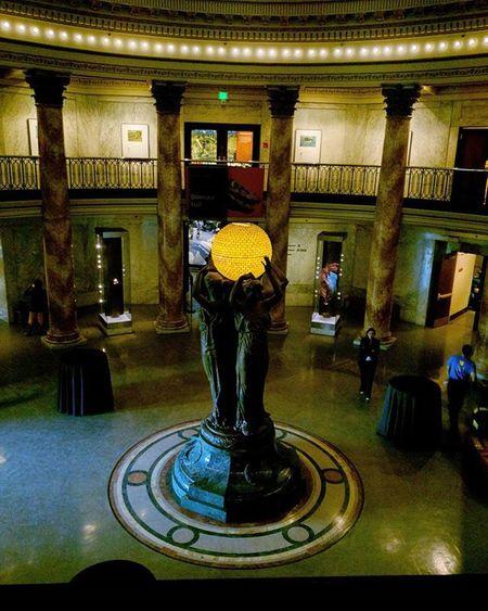 Exploring day! NHM NaturalHistoryMuseum La Ominous