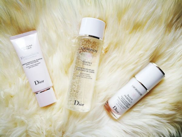 Bloomperfect Diorsnow Essence Capturetotale Dreamskin Diorskincare Diormask Moisturizer Beauty Healthy Dior Best  Awesome Fresh Skincare Régime