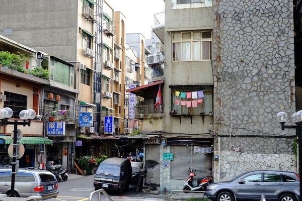 台北赤峰街 Chifeng Street, Taipei Chifeng Street Fujifilm Fujifilm X-E2 Fujifilm_xseries Taipei Taiwan XF18-55mm 台北 台湾 台湾旅行 臺北 臺灣 赤峰街