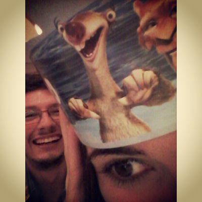 Eu, o Sid e um olho gigante por sinal HAUAHAUAHAUAH :B Me She Fun Bk temaki