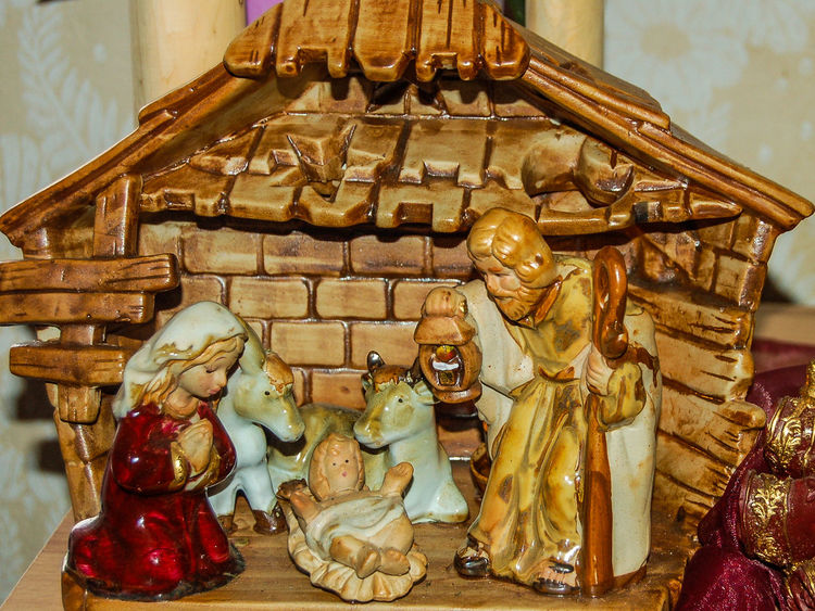 Weihnachtskrippe privat Stimmungsbild Hofi Weihnachtskrippe Spirituality Sculpture Close-up No People Statue Christmas Decoration Christmastime Warming The Soul Meditation Best Shots Hofi Religion Indoors  Strengberg