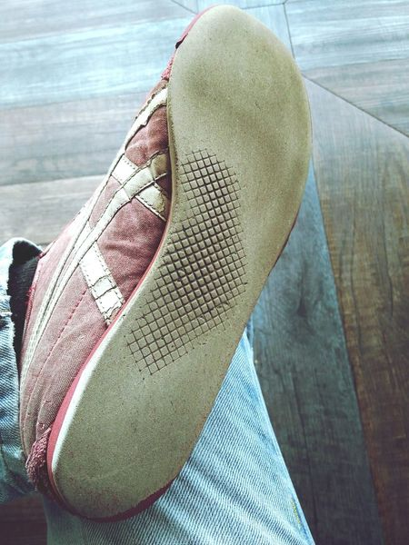 Close-up Shoes Sneaker Sneakers Shoe Sole Tread Adhesion Old Sneakers Old Old Shoes
