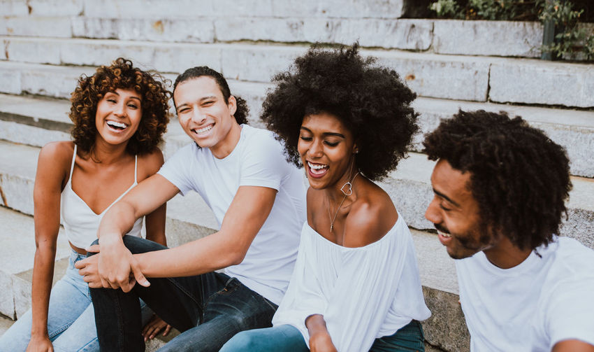 Group of friends spending time in Nw york city Friends Friendship New York USA Multiethnic People Man Woman New Yorker Together Lifestyles Weekend Activity Funny Fun America American Black Urban City Students Millennials Face Happy Afro