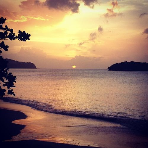 Omg! Estoy enamorada de este atardecer... Sunset Saintlucia Caribbean