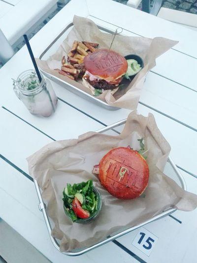 Szpilka Bielsko-Biała Yummy Art Niedotykajnajpierwzdjecie Eat Meals Fastfood Salad Hanging Out Friends City Lifestyle Inspirations