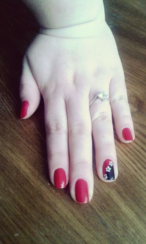 Pritty Red Nails