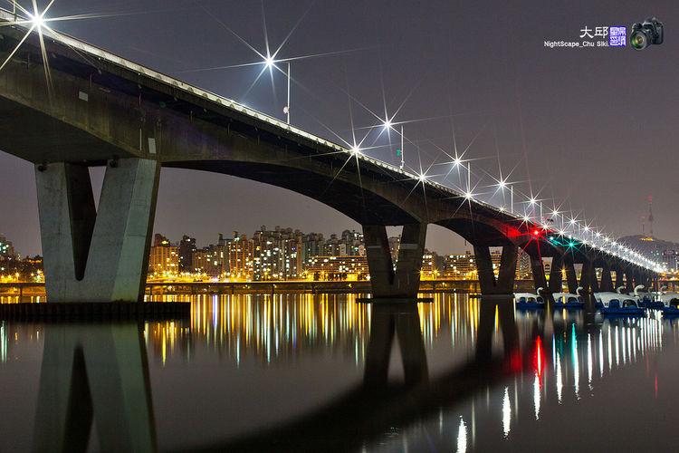 Check This Out Hello World Korea Seoul Taking Photos Photography Nightscape Canon Photo 🎆👍✨❗️❗️