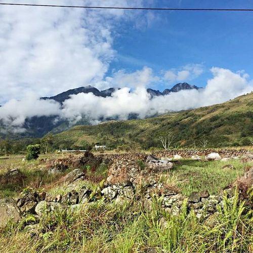 JAYAWIJAYA Papua Rocks Hello World Seeing The Sights