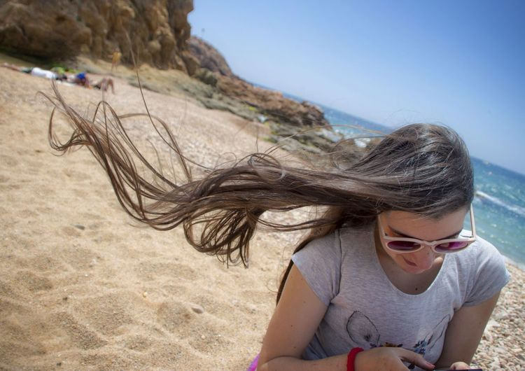 Copy Space Hair Hairstyle Beach Beachphotography Girl Woman Cute Sun Wind Hello World Relaxing Enjoying Life Beauty In Nature Beauty Theportraitist-2016eyeemawards Outdoors Photograpghy  The Journalist Eyem 2016 Awards The Great Outdoors - 2016 EyeEm Awards