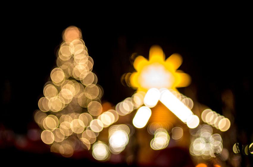 Christmas market Christmas Market Experimental EyeEm Best Shots Celebration Christmas Christmas Decoration Christmas Lights Christmas Tree Defocused Illuminated Light And Shadow Lighting Equipment Minimalism Night Star EyeEm Ready   AI Now