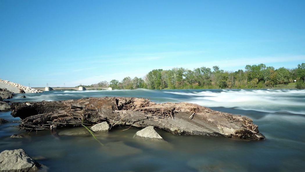 Rhône Fleuve Rio Water No People Bois Agua Beaucaire Gard Sud De La France Long Exposure Blue Sky Riviere