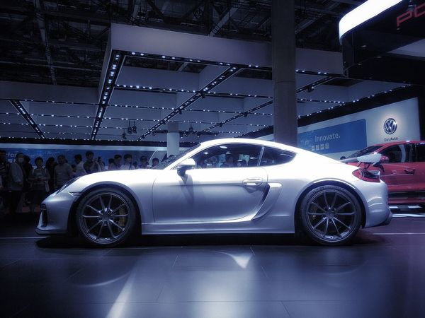 この流線型のデザインが…たまらん❤️ 東京ビッグサイト Tokyomotorshow2015 Sports Car Porsche Cayman Withmyson EyeEmBestPics Happytime 大人の休日 Enjoying Life