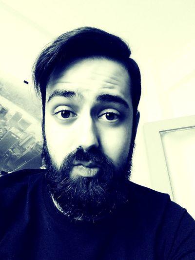 Evening selfie! Happy Saturday night 🌃 Beardmen Fear The Beard Selfie ✌ Front View