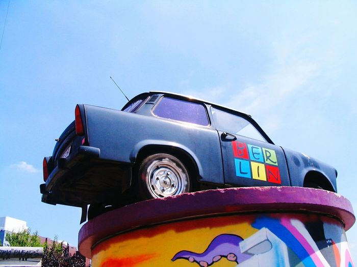 Sky No People Car Low Angle View Old-fashioned Outdoors Day Trabant Trabants In Front Of A Block House Brandenburgertor GERMANY🇩🇪DEUTSCHERLAND@ Wilhelmstraße Berlin Photography Capture Berlin Berlin Brandenburg Gate Sculpture Germany🇩🇪 Window View City Architecture Cars Old Car Old Cars Old Cars ❤ Capture Berlin