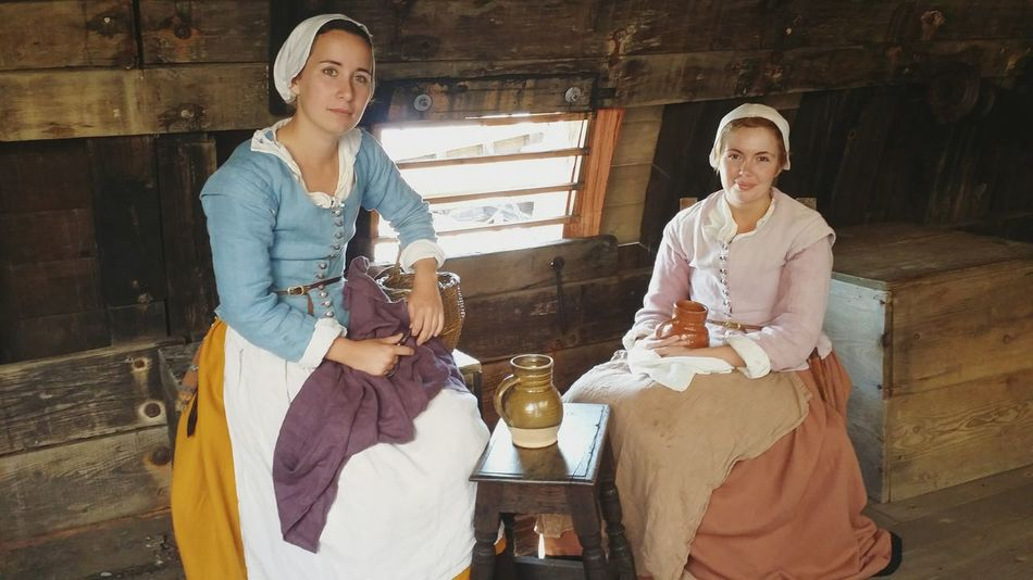 Plymouth Mayflower Ll History Pilgrims Back In The Days On A Boat Check This Out Out And About History Lesson Vintage Clothes