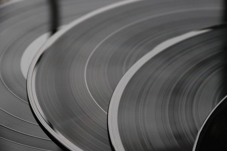 Blurred motion of records
