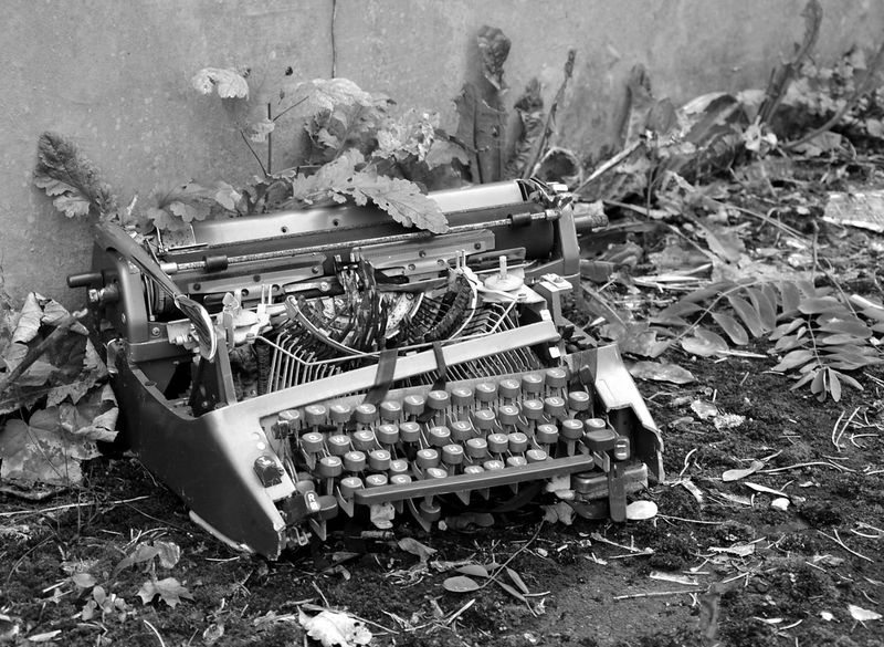 Lost Lostplaces Home Interior Verlassener Ort Abandoned Abandoned Buildings Abandoned Places Lost Places Old Thing Schreibmaschine EyeEm Best Shots EyeEm Gallery ArtWork Outdoors Berlin Photography Street Photography Bnw_life Bnw_collection Street Art Bnw Bnw_worldwide Typewriter Type Writer Old Techniques Old Tech