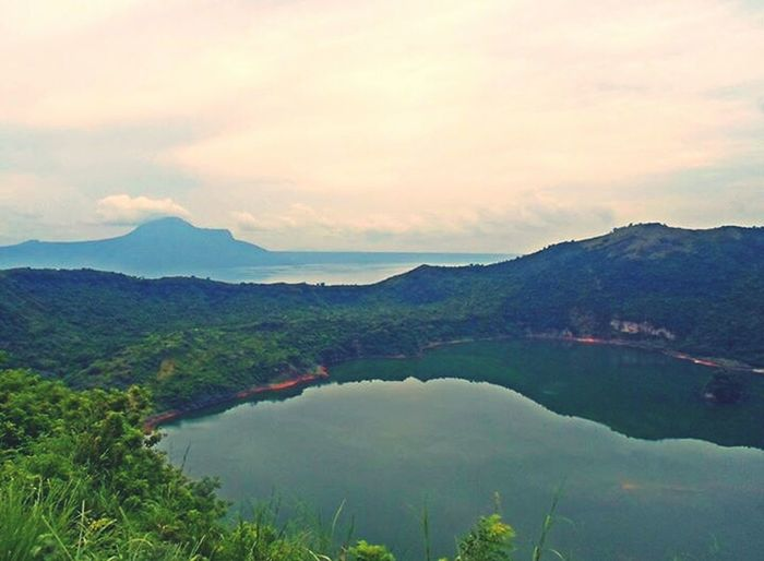 Looking down the Taal Volcano Crater all the way from the viewing deck. Was worth the exhausting trail! Eyeem Philippines Volcano Crater EyeEm Nature Lover Trek