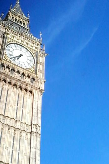 Clock Tower Clock Blue Travel Destinations Time Clock Face City Architecture Tower Building Exterior No People Sky Outdoors Travelgram Travelphotography Traveltheworld Architecture Built Structure London Londoncity Bigben Bigbentower Bigbenclock Bigbenlondon Lookup