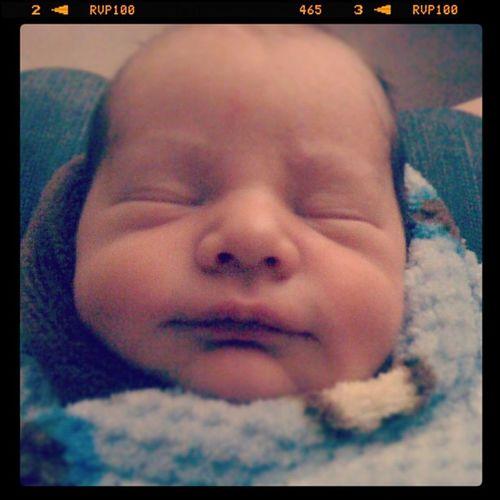 Meet the newest member for our family Eduardo!! :D Cutestestbabyever Hesmine Lovemybabynephew Lovemypeeps instagood instapro
