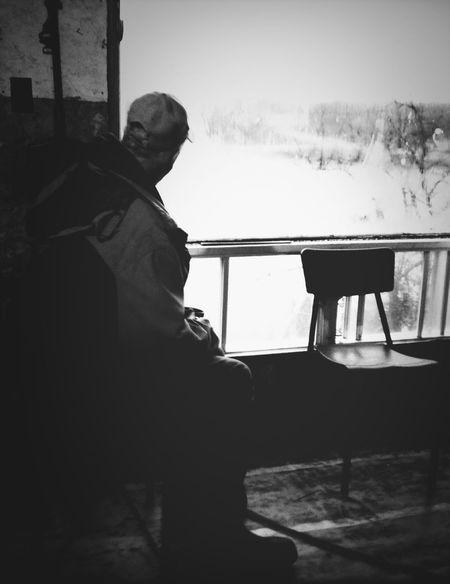 Windows (Dad) - iPhone 4S Blackandwhite IPhoneography AMPt_community TheMinimals (less Edit Juxt Photography)