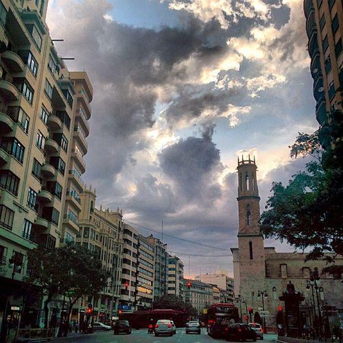 Valencia, plaza de San Agustín. Clouds Nubes Pilvinen Pilvi Valencia aitoespanja