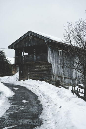 Winter Cabin Winter Cold Temperature Snow Architecture Built Structure Building Exterior Building House Tree Nature No People Frozen Day Outdoors Winter Wintertime Skiing Winter Vacation Vacations Winter Wonderland Winter Cabin Shack Cabin Barn Wooden House