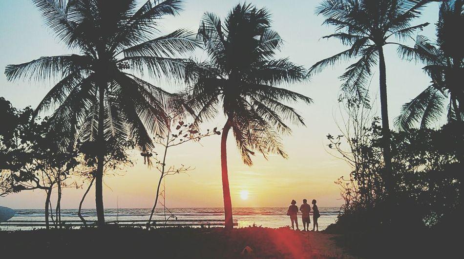 Sunrise in Maldives Silhouette Sunrise Silhouette Impossible Moments
