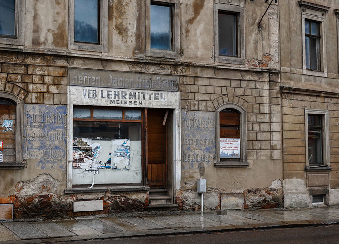DDR Bankrupt Broken Store Broken Street Insolvenz Meißen Sozialismus Streetphotography