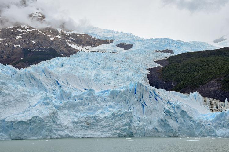 Chaotic ice scenery at glacier tongue of spegazzini glacier at lago argentino, patagonia, argentina