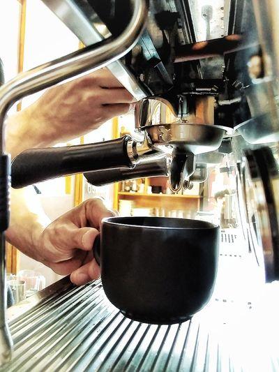 Human Hand Human Body Part Coffee Coffee Cup Coffeetime Coffeelovers EyeEmNewHere Coffeemachine
