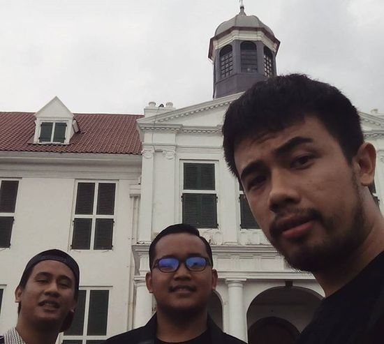 hangout in cloudy evening at Kota Tua, Jakarta. Couchsurfing Jakarta INDONESIA City Tour Travel