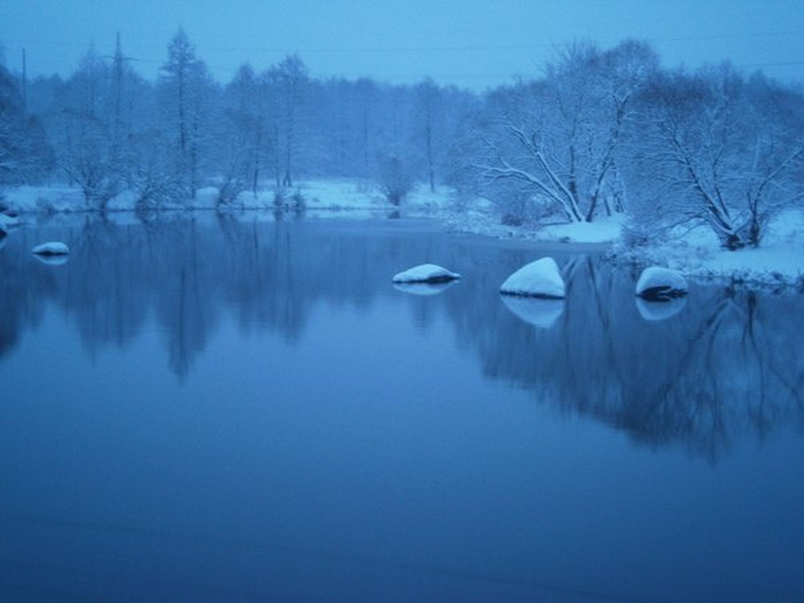 winter, snow, cold temperature, season, tranquil scene, tranquility, lake, water, tree, bare tree, reflection, scenics, beauty in nature, frozen, weather, nature, waterfront, covering, blue, non-urban scene