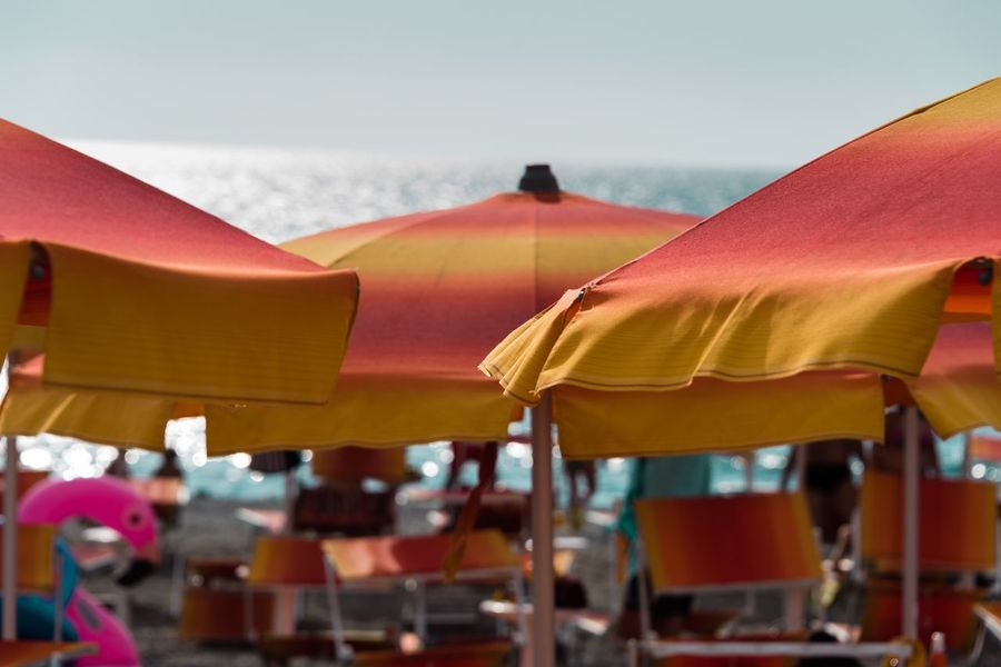 Spiagge 🏖 Umbrella Parasol Shade No People Sky Protection Security Beach Umbrella Sunshade Close-up Outdoors Orange Color