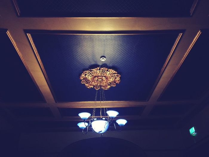 Eating Out Pub Ceiling Lights Gold Old Night Out Pretty